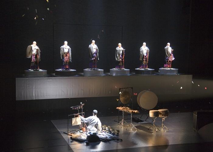 野外劇での上演が決定している、鈴木忠志、高田みどり、SAMGHA/真言聲明の会『羯諦羯諦』より