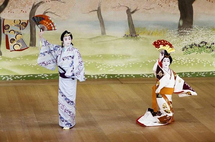 『阿国歌舞伎夢華』(C)松竹株式会社
