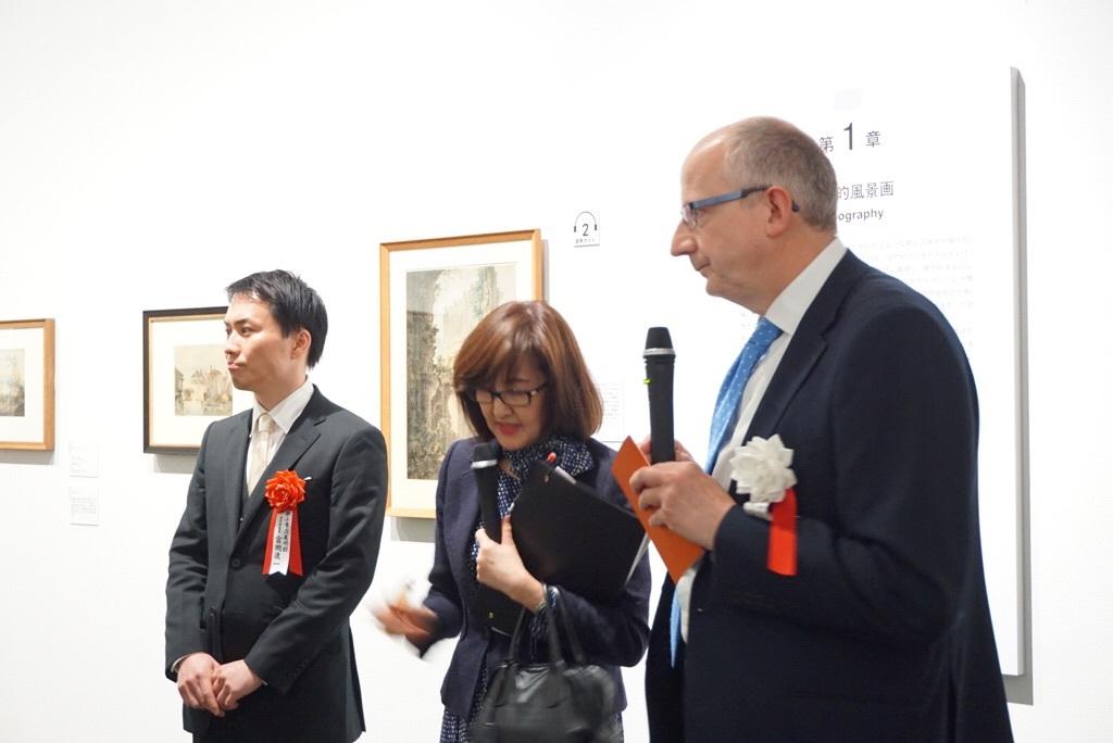 左:郡山市立美術館主任学芸員の富岡進一氏、右:スコットランド国立美術館群・総館長のジョン・レイトン卿