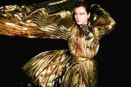 氷川きよし、初となるポップスアルバムの詳細を発表 蝶が舞うような衣装で撮影したビジュアルも公開に
