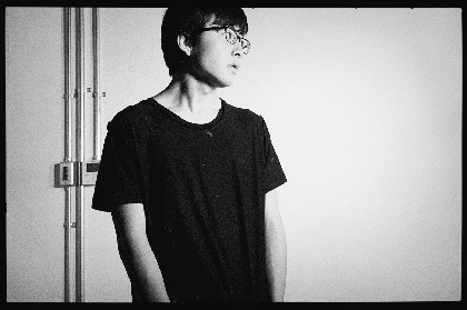 崎山蒼志 2018年リリースのアルバム収録曲「国」の歌詞付きMVを公開