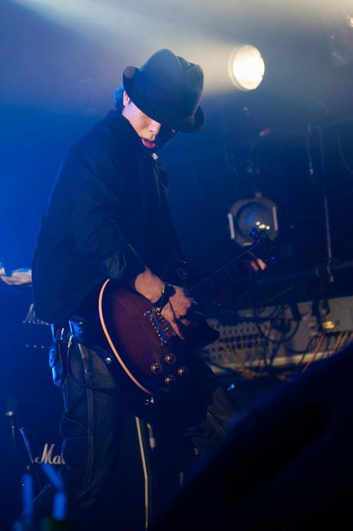 リードギター・ヒラノ課長