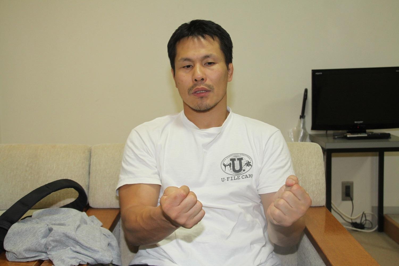 田村潔司/慎重に言葉を選びながら試合への想いを熱く語った 撮影=シン・上田