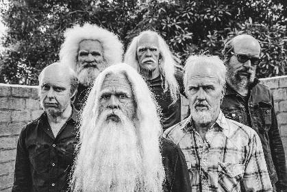 フー・ファイターズ、デイヴ・グロール監督による新曲「Run」MVでメンバーが老人に