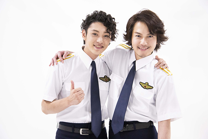 (左から)安西慎太郎、平野良