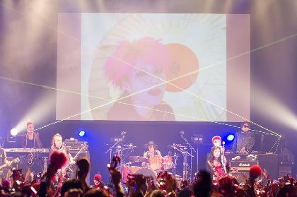 hide 没後20年の2018年に大型野外イベント開催&ドキュメンタリー映画公開