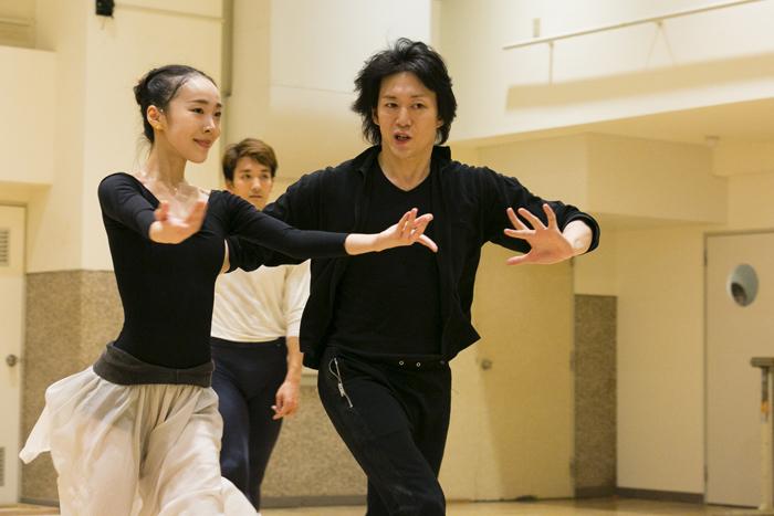 (左から)矢内千夏、堀内將平、宮尾俊太郎