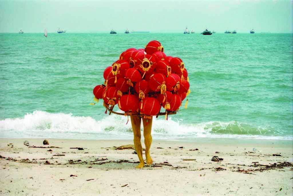 リー・ウェン《奇妙な果実》2003年