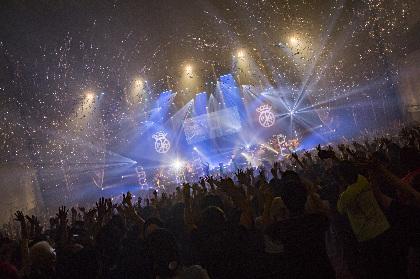 BiSH 初のホールワンマン、中野サンプラザ公演から「PAiNT it BLACK」ライブ映像公開