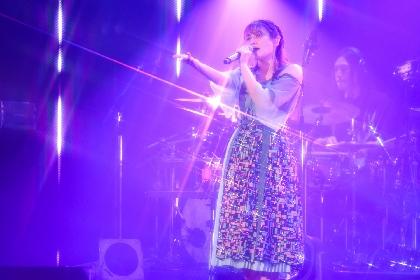 中島愛バースデイイブスペシャルライブレポートが到着 5thアルバム『green diary』を中心に全18曲を披露
