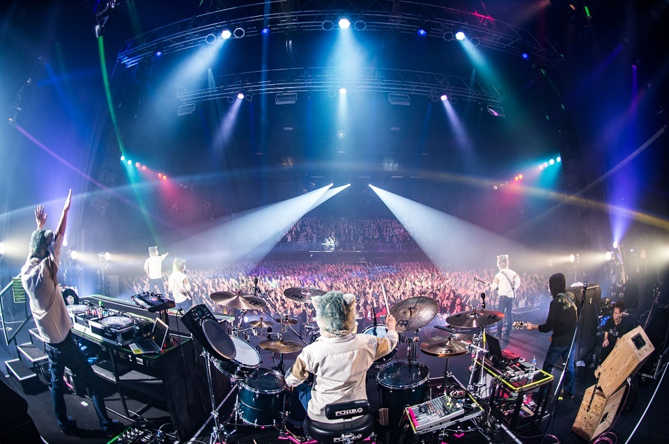 MAN WITH A MISSION  Photo by Daisuke Sakai (FYD inc.)