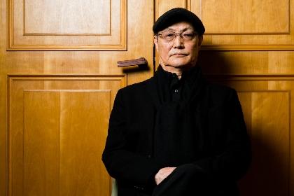 """石橋蓮司『孤狼の血』インタビュー キャリア65年を誇る俳優にとっての""""正義""""とは?「正しいと思う世界を持つこと。それを押し通そうとすること」"""