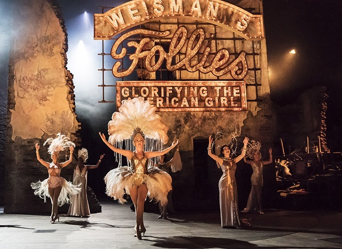 FOLLIES(c) Johan Persson