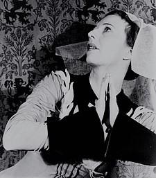 振付師アグネス・デ・ミル。ロジャーズ&ハマースタインの次作『回転木馬』(1945年)の振付も担当した。