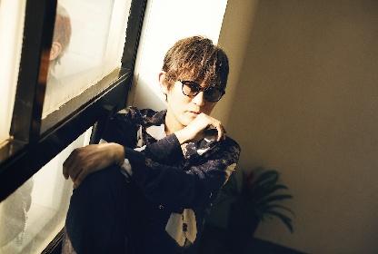 スガ シカオ 明日のデビュー記念日にLINE LIVEで即興ライブを生配信