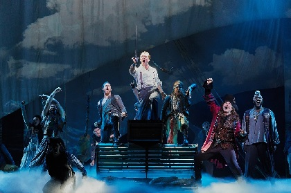 クライマックスに涙が止まらない――ブロードウェイミュージカル『ファインディング・ネバーランド』楽日公演でプレゼント企画