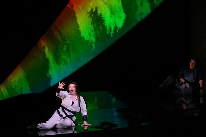新国立劇場オペラ『ジークフリート』ゲネプロより ブリュンヒルデ、ジークフリート