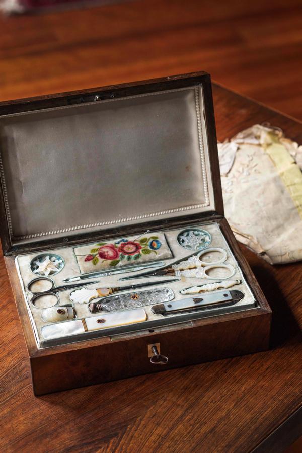 道具箱 フランス(1800年代中期) 写真提供者:世界文化社