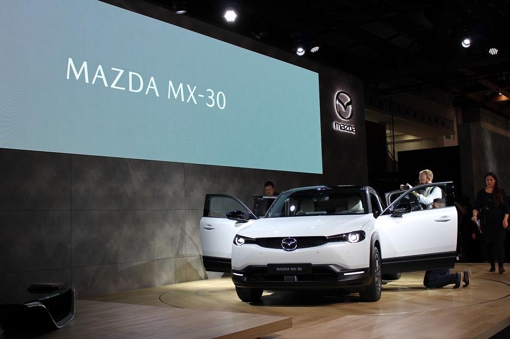 マツダ初の量産電気自動車(EV)「MAZDA MX-30」