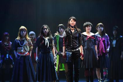 柏木由紀、黒髪で挑む初主演舞台「マジすか学園」開幕
