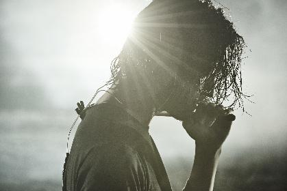 """金子ノブアキが新作リード曲のMVで""""一瞬のタイミングを切り取ったリアル""""を切り取る"""