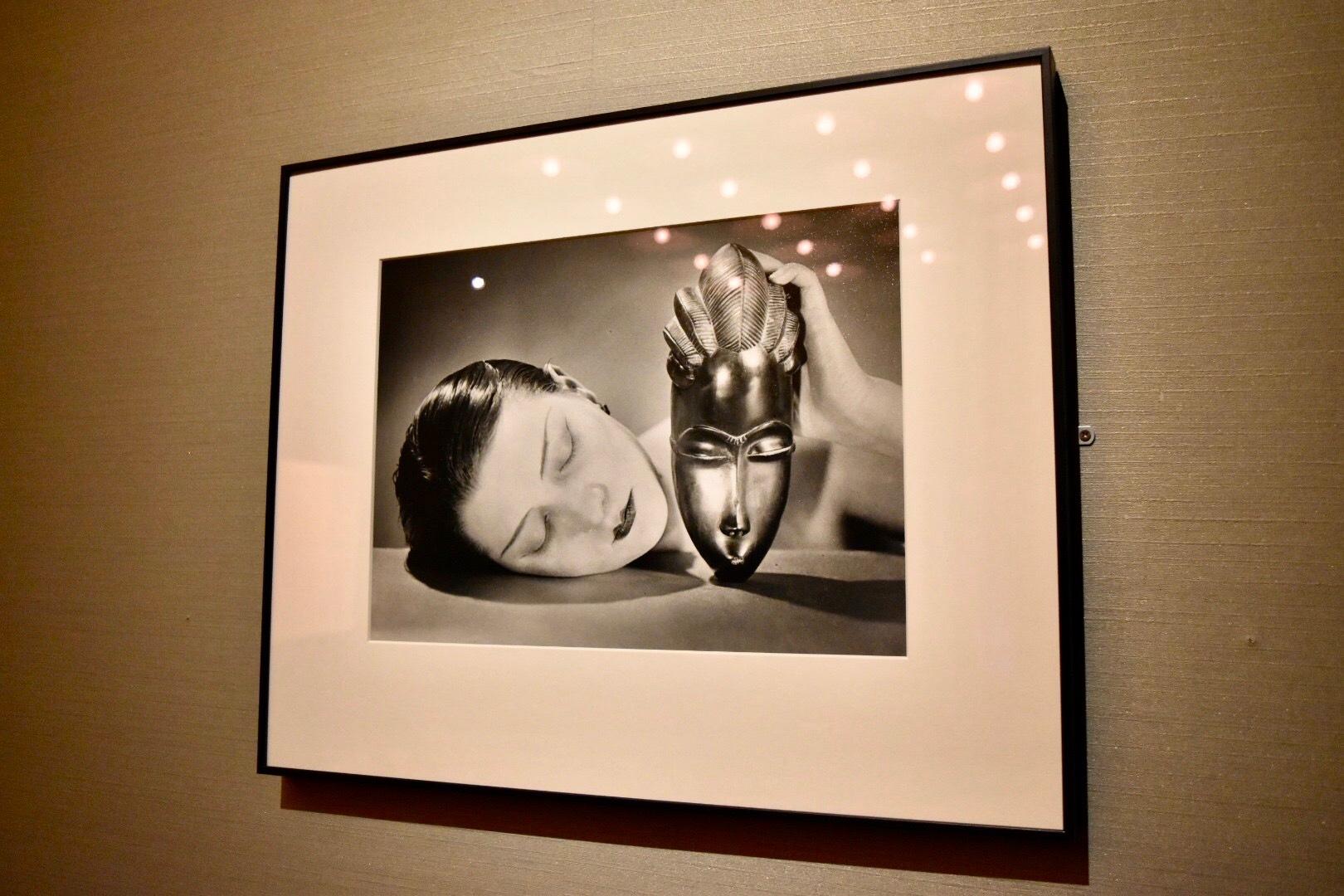 《黒と白》 マン・レイ 1926年 東京都写真美術館蔵