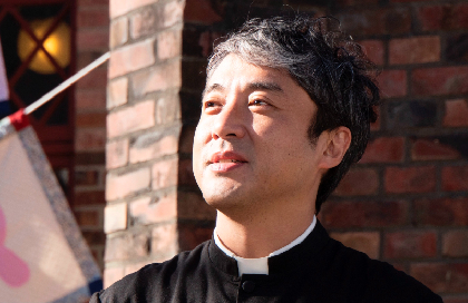ムロツヨシが役者暦25年、45歳にして映画初主演 『マイ・ダディ』が2021年秋公開へ