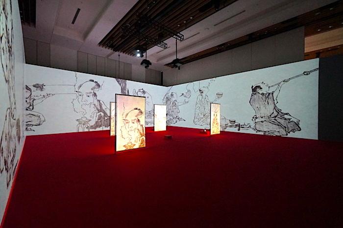 展示風景。特製スクリーンには和紙が用いられているのだとか!