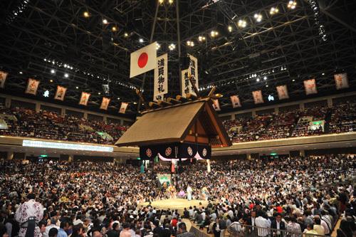 大相撲『令和三年 一月場所』のチケットが12月2日(水)まで先行販売中。一般販売は12月5日(土)から