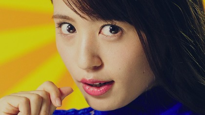 逢田梨香子が男性の耳元でささやく「ゾクゾクした?」WebCM公開! メイキング・インタビューも「いつか単独ライブをやってみたい」