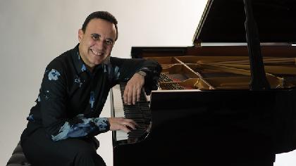 現代ジャズ最高峰のミシェル・カミロ、ソロ来日公演が決定