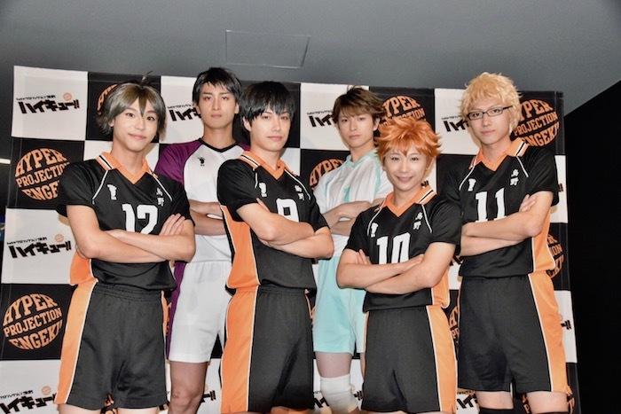 左から三浦海里、有田賢史、影山達也、遊馬晃祐、須賀健太、小坂涼太郎