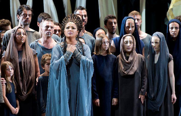 ネトレプコがアイーダ役に初挑戦した「ザルツブルク音楽祭2017」の歌劇『アイーダ』 (c)Salzburger Festspiele_Monika Rittershaus