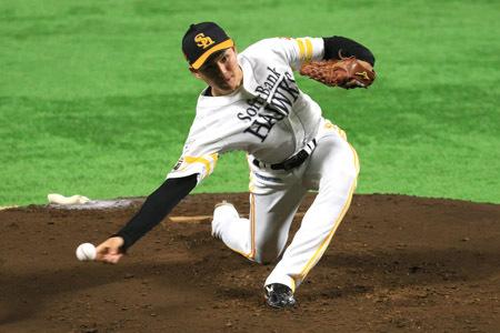 日米野球に挑む「侍ジャパン」に追加召集された高橋礼(福岡ソフトバンクホークス)