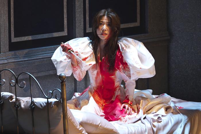 『ルチア~あるいはある花嫁の悲劇~』高橋維 (撮影:長澤直子)