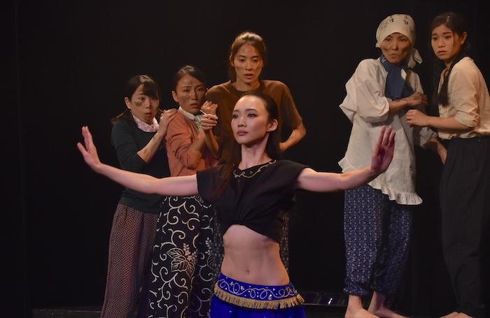 昭和芸能舎版『フラガール2019』のゲネプロの様子