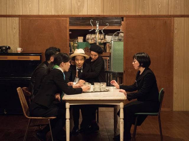財団、江本純子vol.10+Theater箱舟「あなたはわたしのシネマなの」より。(Photo:Hikari Mimura)