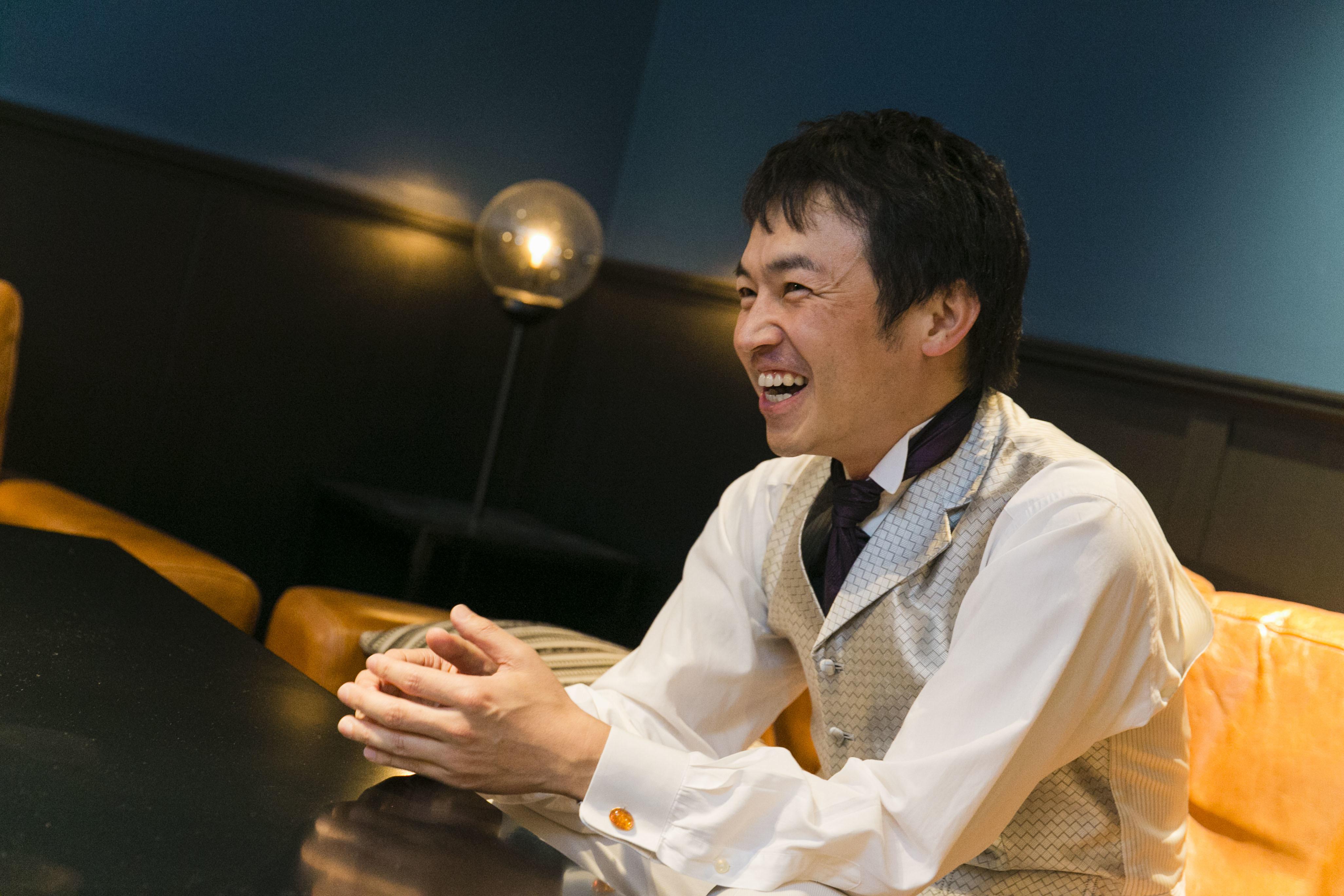 インタビューの模様 (撮影=福岡諒祠)