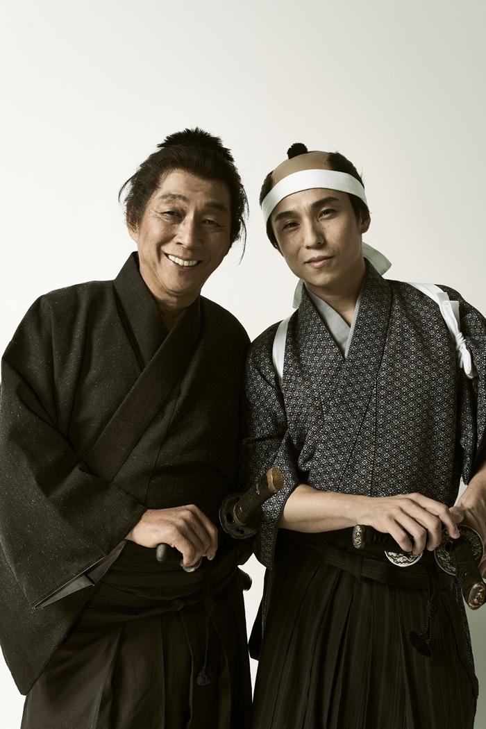 (左から)明石家さんま、中尾明慶