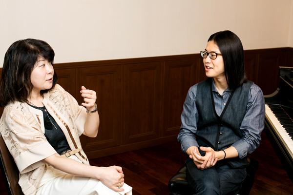 (左)小田島久恵さん(右)反田恭平さん [写真] 高橋将志