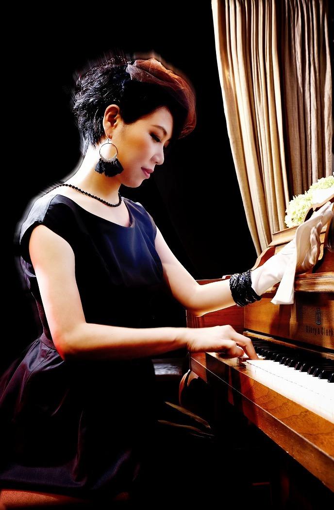 宮本貴奈(ピアノ、音楽監修)