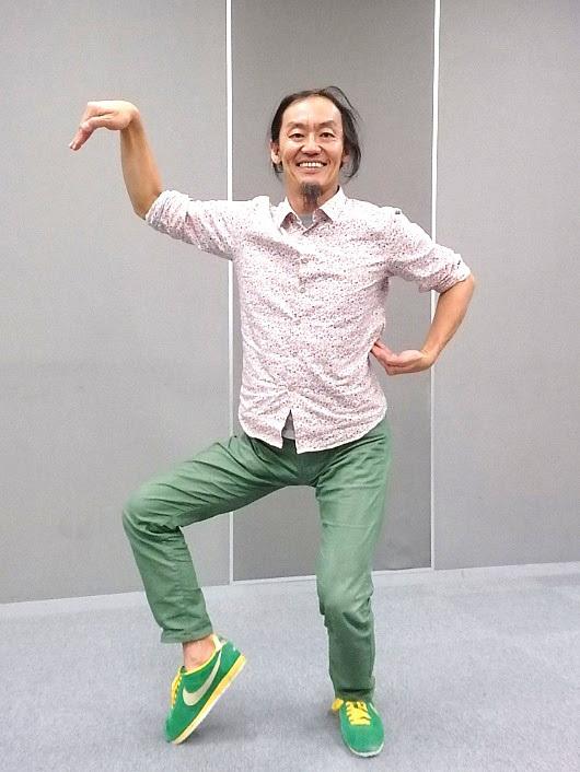 全身で20周年を表現するコンドルズ主宰、近藤良平