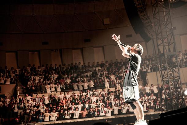 UVERworldのライブの様子。(写真提供:Sony Music Records)
