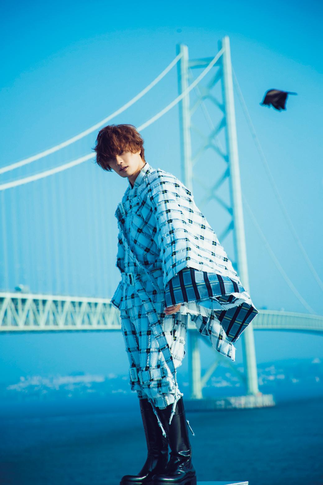 加藤和樹写真集「加藤和樹という男」 (東京ニュース通信社刊)
