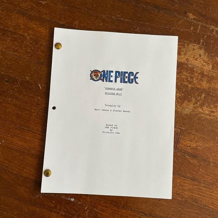 Netflixシリーズ『ONE PIECE』台本写真