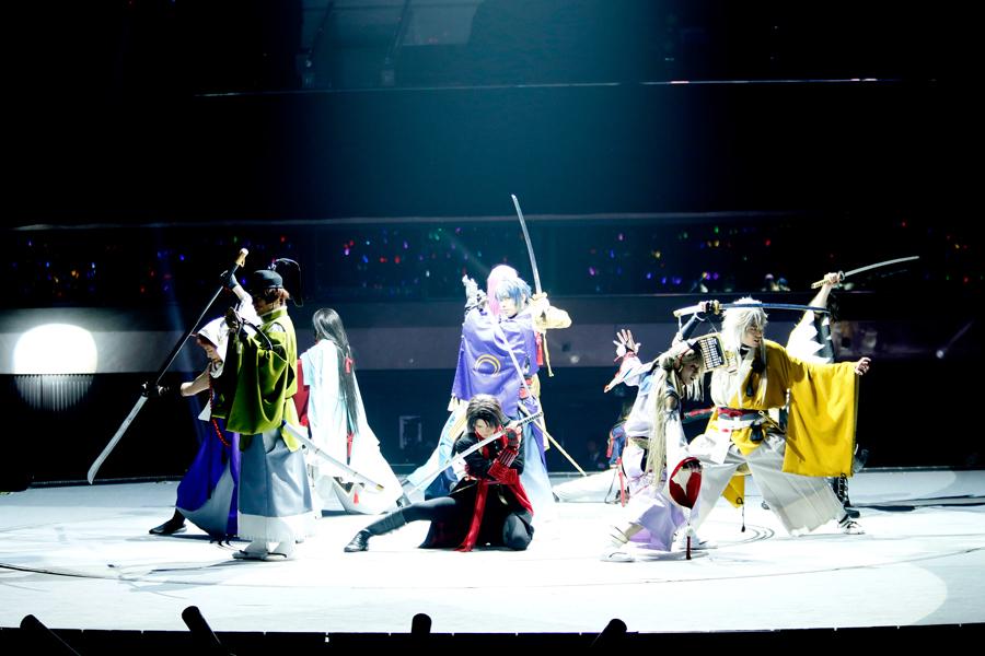 『真剣乱舞祭 2016』大阪公演より (C)ミュージカル『刀剣乱舞』製作委員会