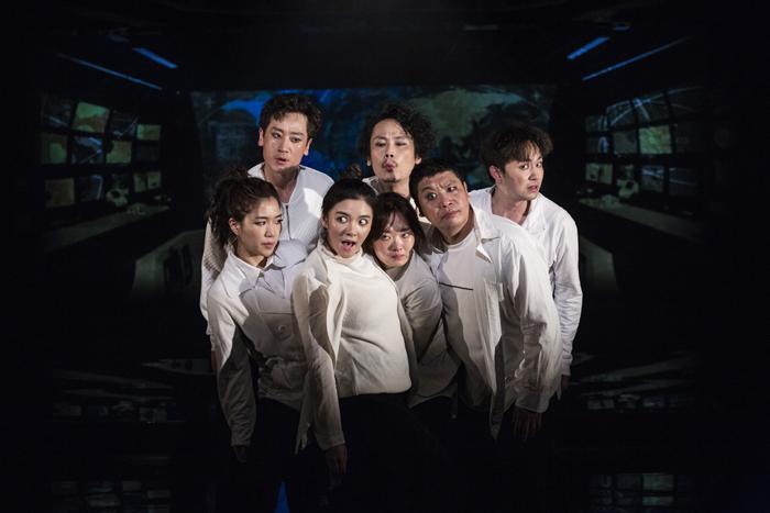 「ひとつの装置」  (Photo by Nah Seung-yeol, provided by National Theater Company of Korea.)