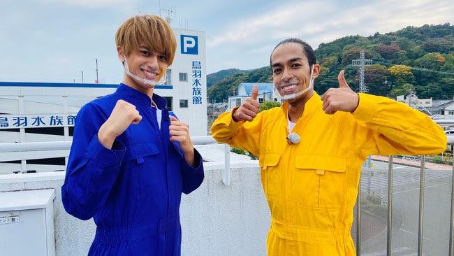 『ドデスカ!』Aぇ! group 左から小島健、草間リチャード敬太