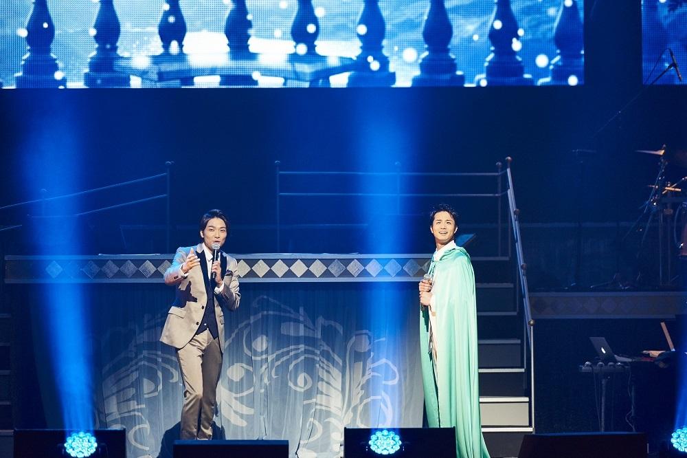 (左から)井上芳雄、田代万里生