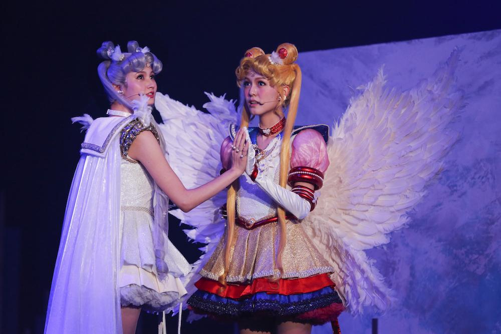 (左)セーラーコスモス (C)武内直子・PNP/ミュージカル「美少女戦士セーラームーン」製作委員会2017